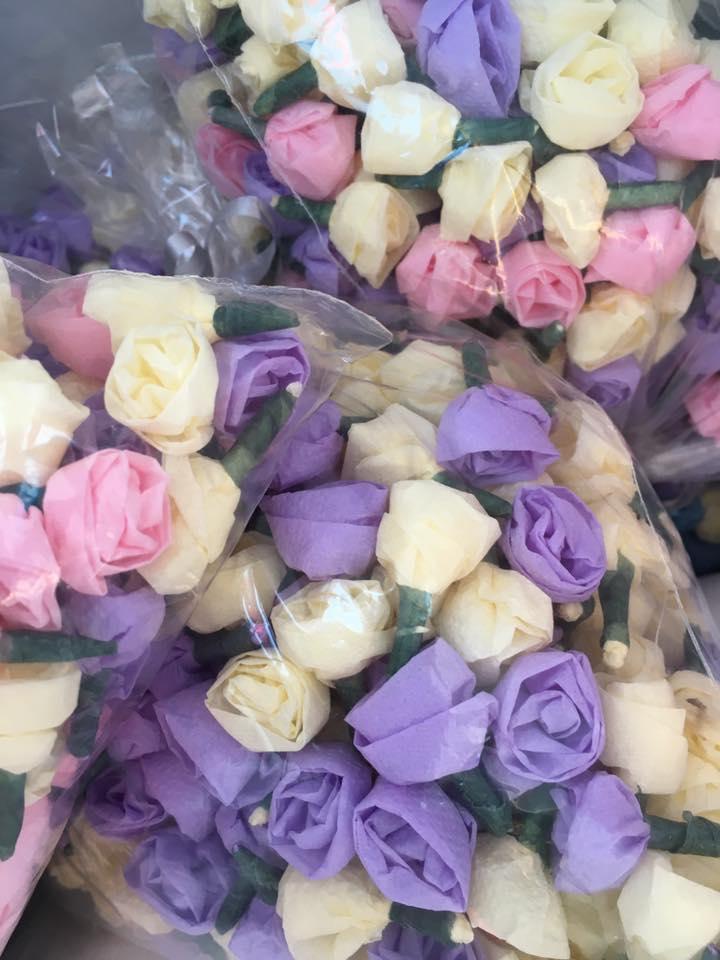 Tissue Flower Confetti